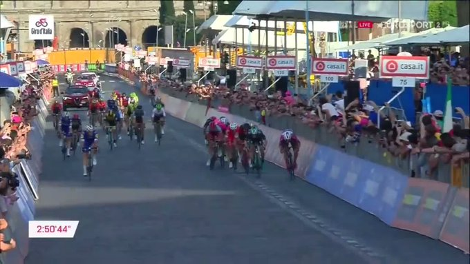 Sam Bennett Giro finish